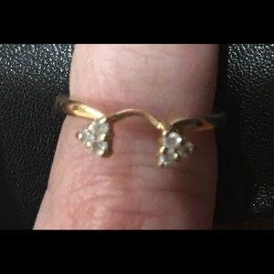 Jewelry - .36cttw Diamond 14k gold ring wrap